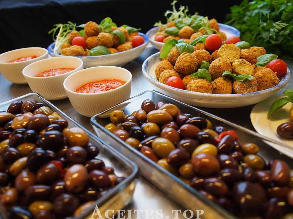 comida y aceite de oliva